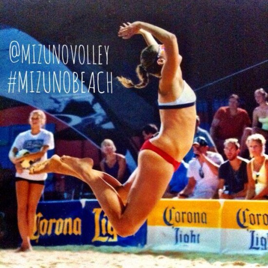 MIZUNO_VOLLEY_APRIL_BEACH